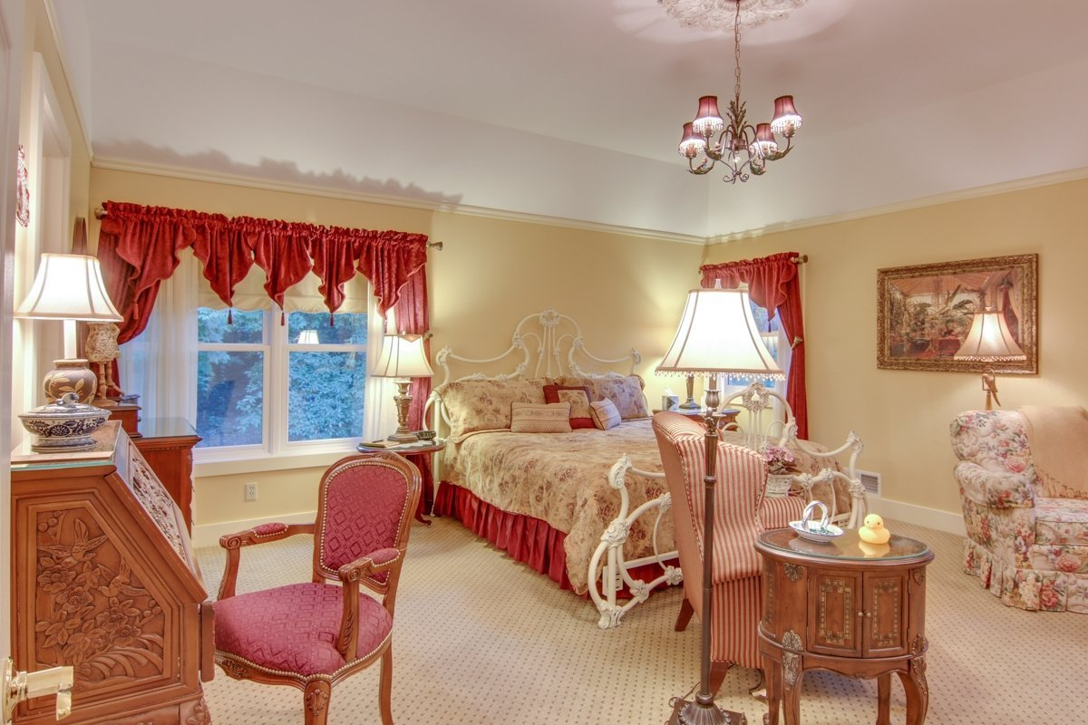 brighton room bellaire b and b