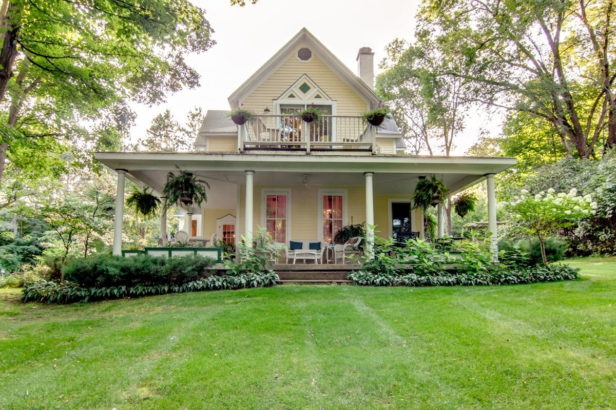 michigan bed and breakfast