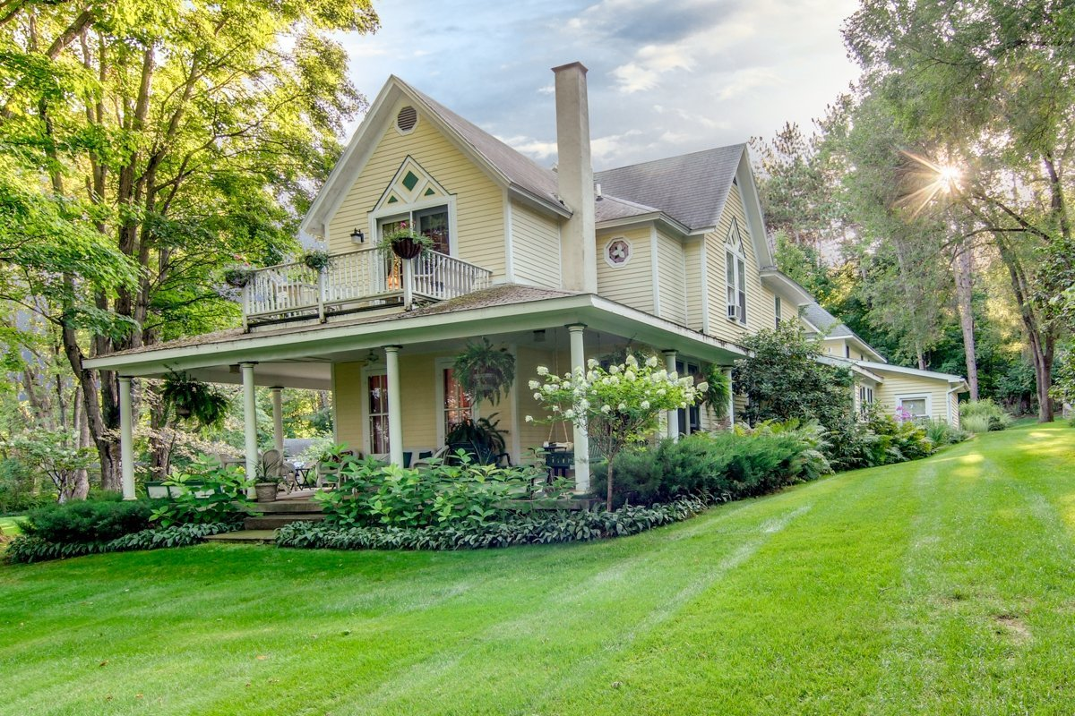bellaire bed and breakfast