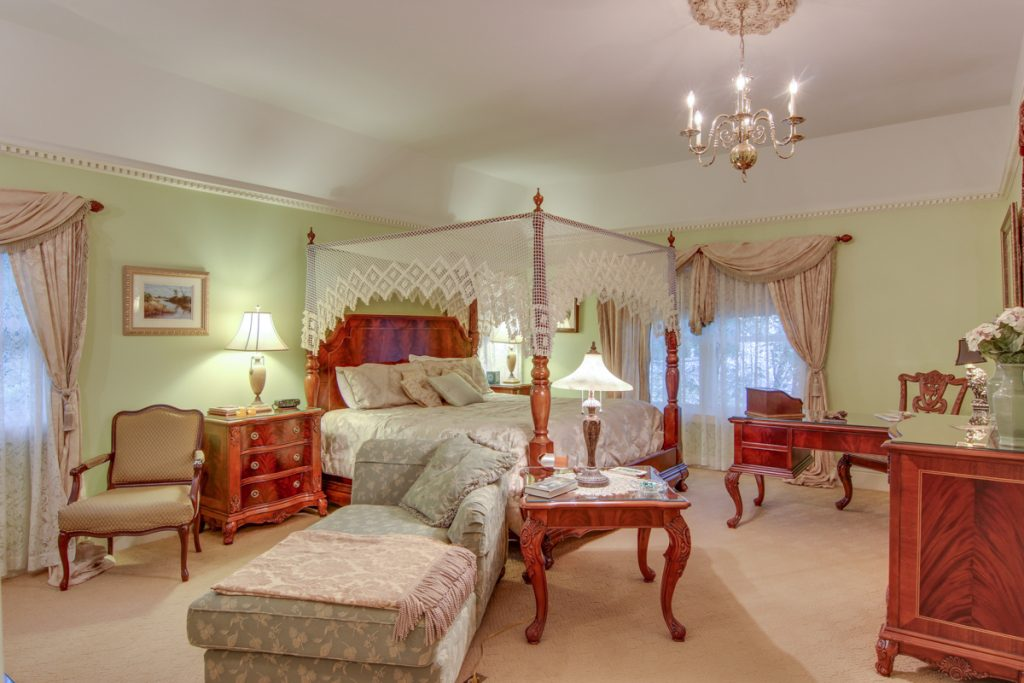 savannah room